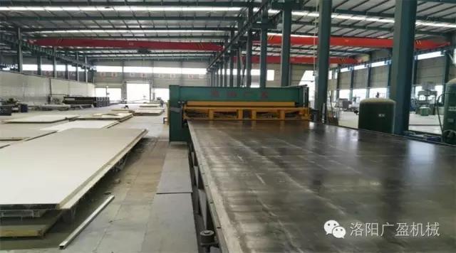 河南漯河20米国内首长热压机安装调试成功